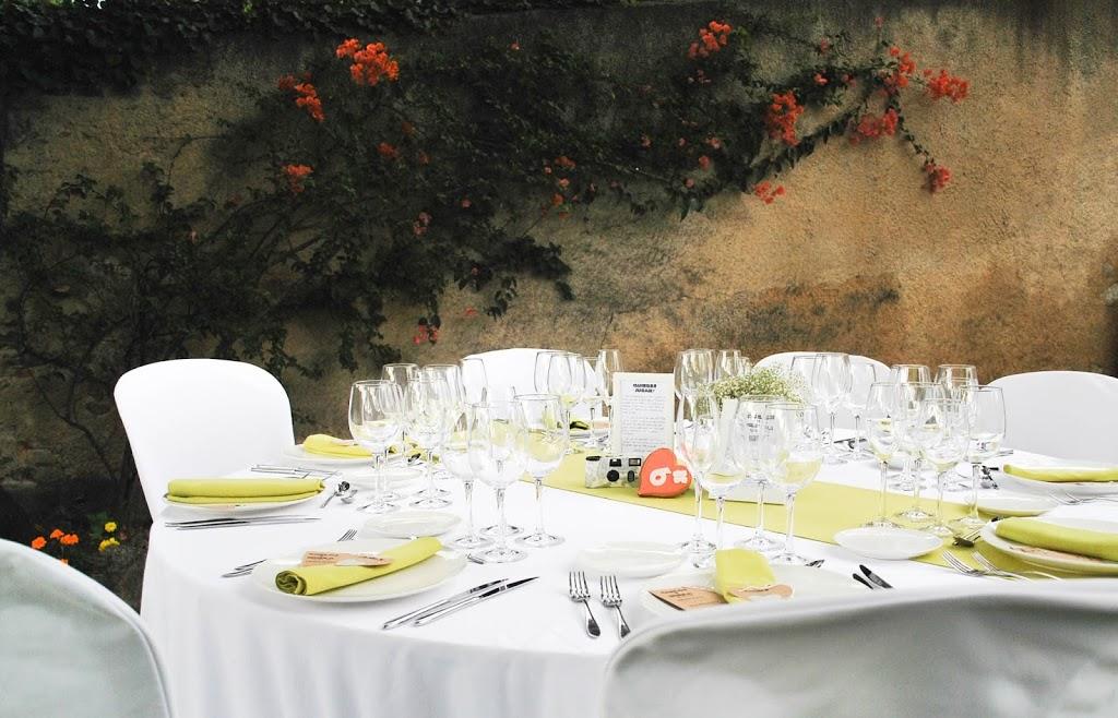 http://www.hommum.com/2014/08/diy-una-boda-handmade.html #bodaslowcost