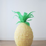 Piñata handmade con forma de piña