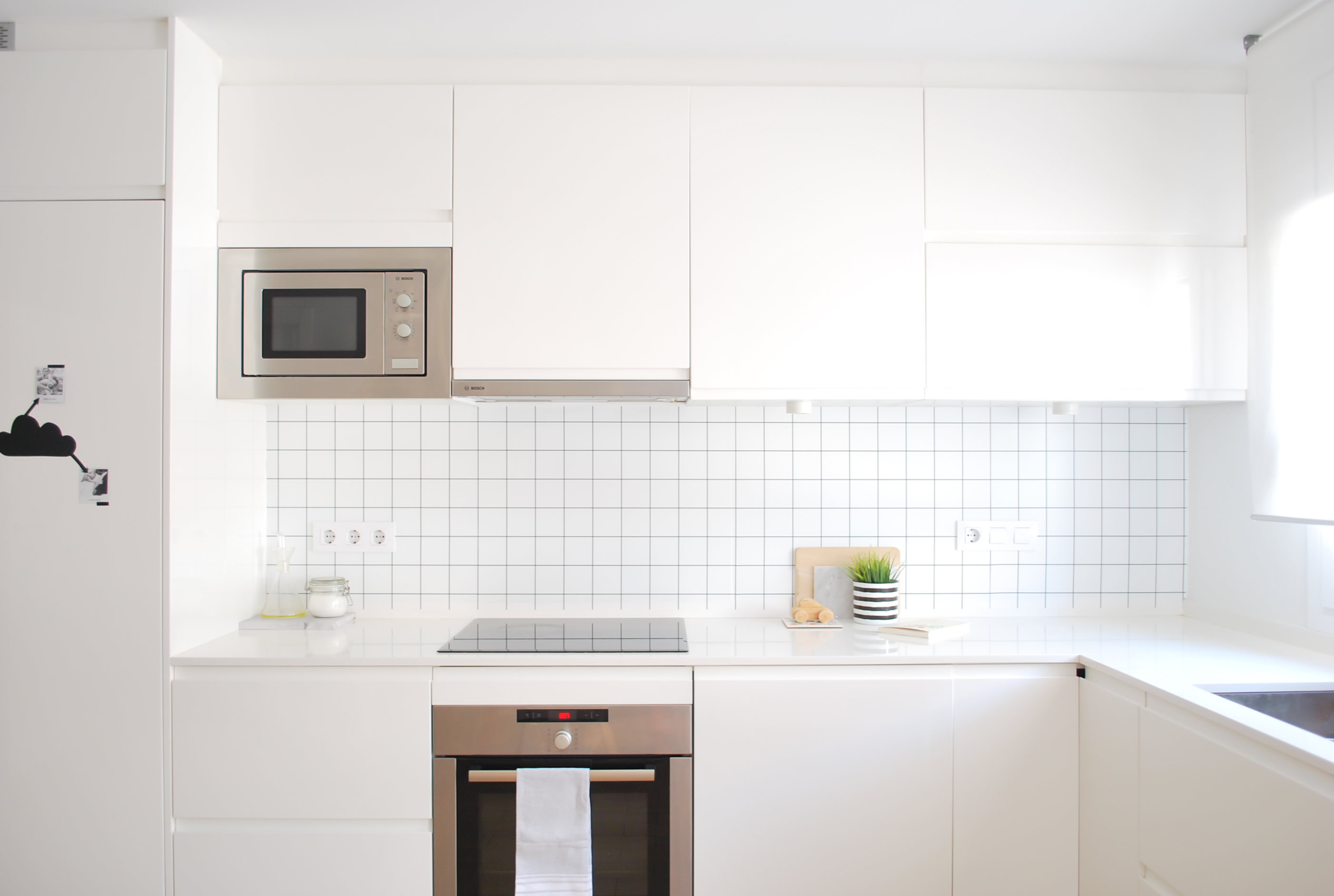 Ikea fregadero cocina nrdica con baldosa metro y encimera for Fregadero cocina ikea